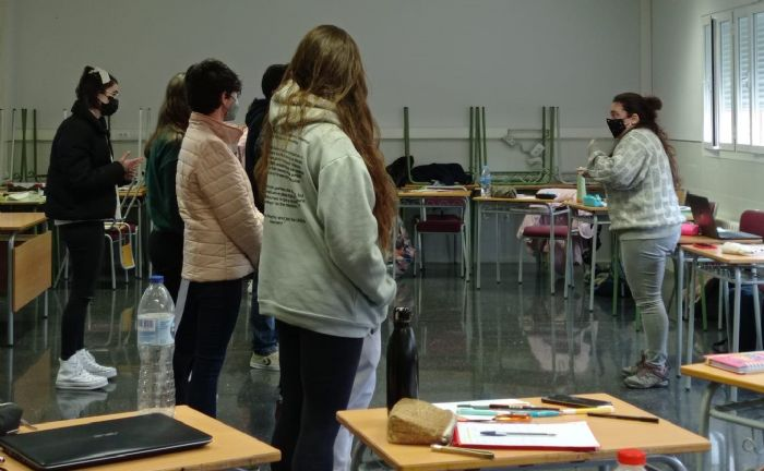 En el marc del projecte Interactuem a l'escola, finançat per la Generalitat Valenciana, la Fundació Pau i Solidaritat PV, ha realitzat diverses intervencions en centres educatius valencians durant el curs acadèmic 2020 – 2021.